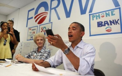 obama-cell-phone-john-mccain-10sept2012-620x407